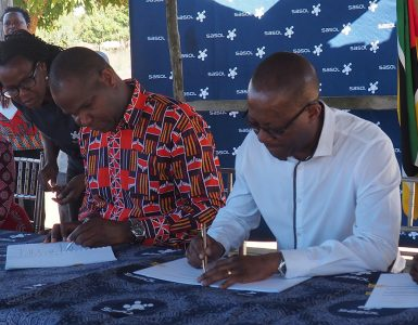 Sasol Mozambique signs community development agreements